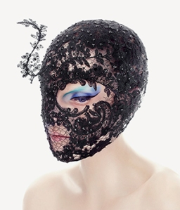 lace_mask_vertical_PhilipTreacy_2550x3301_Beauty-3